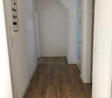 Erstbezug nach Sanierung: exklusive 5-Zimmer-Wohnung mit Einbauküche und Balkon in Tübingen