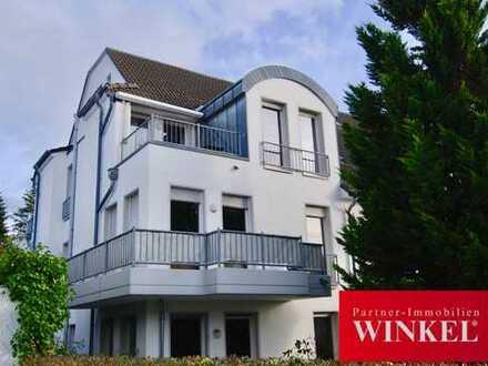 Helle 3-Zimmer Maisonettewohnung mit Balkon, Einbauküche und Tiefgaragenstellplatz in Ippendorf