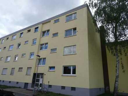 Gepflegte 2-Zimmer-Wohnung mit Balkon und Einbauküche in Darmstadt