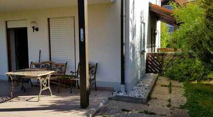 Schöne möblierte 2-Zimmer-EG-Wohnung mit Terasse und EBK in Arnbruck