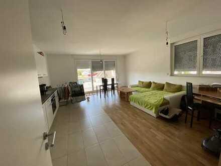 Terrassen- Wohnung - 3Zi - Fußbodenheizung - Einbauküche -