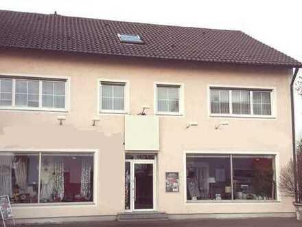 Perfekt für Gewerbe + Wohnen - 2-Fam-Haus mit Laden, Werkstatt + Garagen