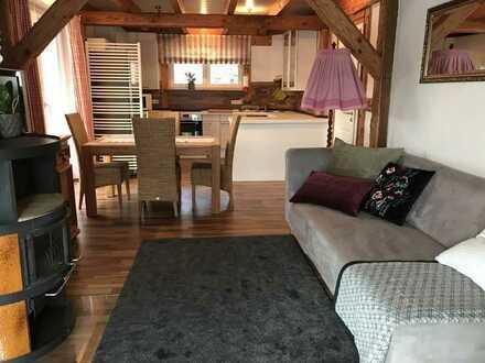 möbilierte gemütliche 3-Zimmer-Maisonette-Wohnung mit Balkon und EBK in Aichtal