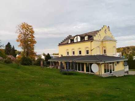 Wunderschöne Villa - großes Grundstück PROVISIONSFREI