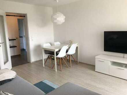 Sonnige, vollständig renovierte 3-Zimmer-Wohnung mit Balkon