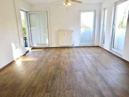 Schöne 2-Zimmer-Wohnung mit Terrasse und neuer Einbauküche