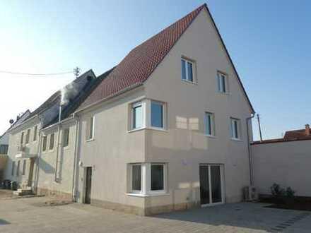 ++ NEUBAU! Großzügiges Wohnhaus mit Terrasse & Garage in ruhiger Lage 2.Reihe! ++
