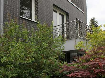 Wohnen in Rheinnähe! Lichtdurchflutete 3 Zimmer-Eigentumswohnung mit 2 Balkonen in D-Lohausen