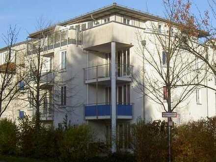 Helle, freundliche 2-Zimmer-Wohnung mit Süd/West Balkon in Untermenzing, München