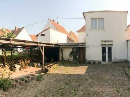 1-2 Familienhaus mit Hof und Garten in ruhiger Wohnlage!
