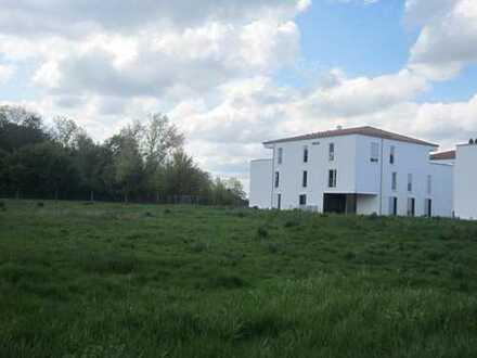 Ansprechende 2,5-Zimmer-Penthouse-Wohnung mit Balkon und Einbauküche in Achstetten
