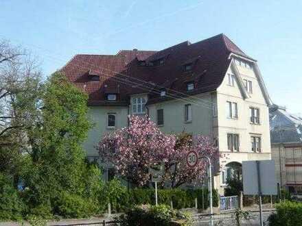 Wohnen und Arbeiten in schöner 4-Zimmer-Wohnung zentral in Reutlingen