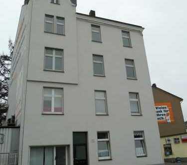 Provisionsfreie, frisch renovierte, 3 Zimmer Wohnung