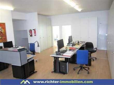 Großzügiges Büro über zwei Etagen in der Schwetzigerstadt