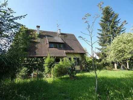 Haus mit großen Garten - ein traumhaftes Grundstück für neue Ideen!