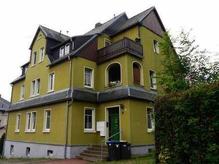 2-Raum-Wohnung in schönem Mehrfamilienhaus