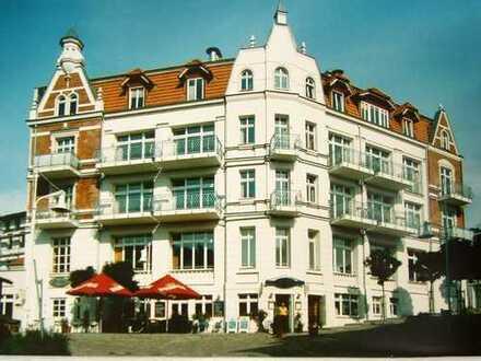 Ansprechende 3-Zimmer-Hochparterre-Wohnung mit Außenterrasse in Sassnitz