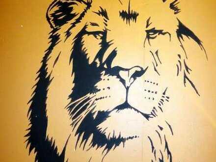ToFa: Der Löwe in Gonsenheim sucht einen neuen Dompteur!