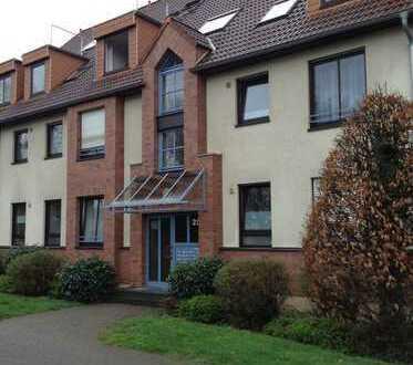 Sehr schöne und gepflegte Wohnung mit Balkon und Einbauküche in Bonn
