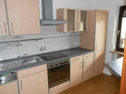 Schöne, geräumige drei Zimmer Wohnung in Regensburg (Kreis), Sinzing