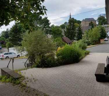 Erstbezug n. umfangreicher Renovierung: moderne 3-Zi.-Wohnung m. herrlichem Ausblick & großem Balkon