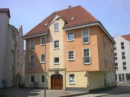 Preisgünstig Wohnen - Nähe Schlossteich! Alle Bild