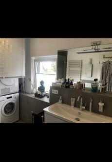 Exklusive 3-Zimmer-Maisonette-Wohnung mit Balkon und EBK in Meerbusch