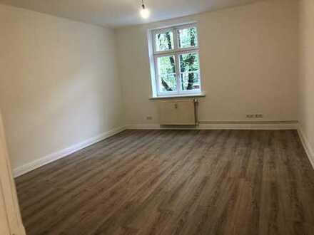 Erstbezug nach Sanierung 3-Zimmerwohnung-Schlafzimmer zum ruhigen Innenhof frei ab 1. Juli 2020
