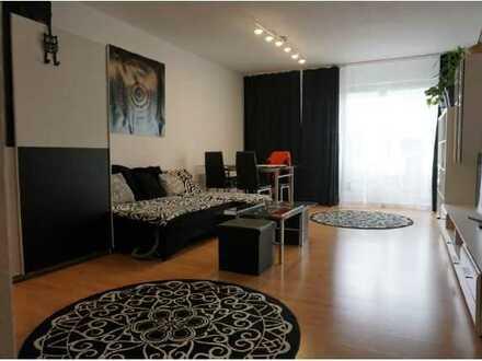 Stilvolle und gepflegte 1-Zimmer-Wohnung mit Balkon und Einbauküche in Pforzheim-Rodgebiet