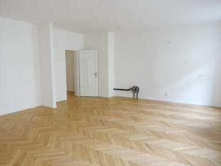 Altstadt / Erstbezug: aufwändig sanierte 3,5-Zimmer-Wohnung in denkmalgeschütztem Altbau