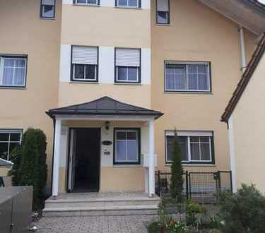 Gröbenzell, 14 qm, Dachgeschoßzimmer, neu möbliert, 550 € warm