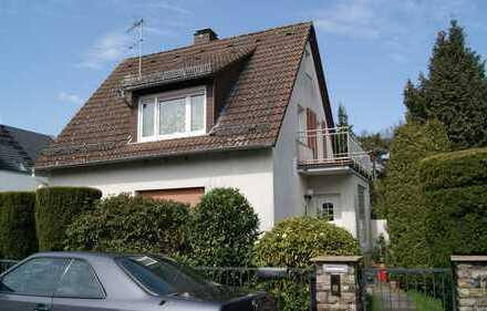 Freistehendes Einfamilienhaus in ruhiger und bevorzugter Lage, Nähe Schloßpark
