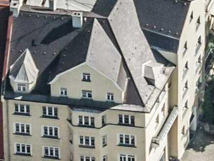 Wohnen in Schwabing / großzügige 5-Zimmer-Dachgeschosswohnung