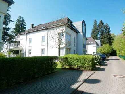 Repräsentative 4-Zimmer-Maisonette-Wohnung mit Balkon und EBK in Königstein
