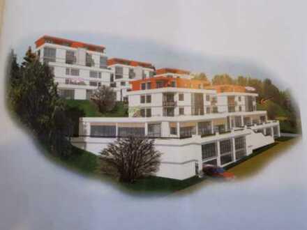 Gepflegte 2-Zimmer-Erdgeschosswohnung mit zwei Terrassen und Einbauküche in Geislingen an der Steige