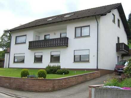 Gepflegte 3-Raum-Wohnung mit Balkon und Einbauküche in Igelsbach