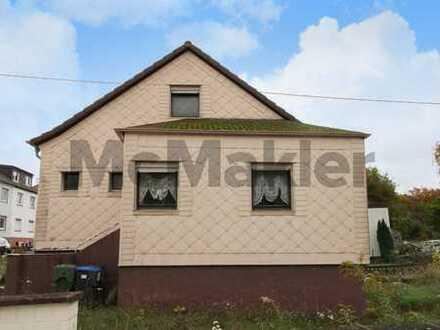 Gemütliches Eigenheim mit Gestaltungspotenzial: 2-Zi.-Reihenendhaus in zentraler Lage in Saarbrücken