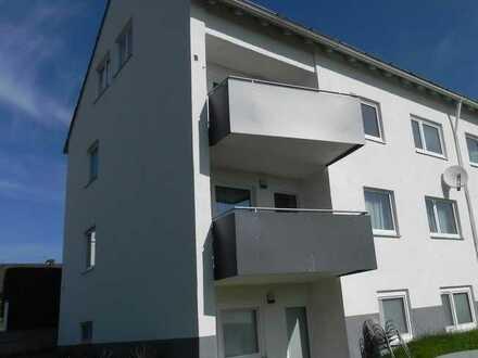 Moderne 2,5-Zi.DG- Wohnung mit Tageslichtbad u. sep. WC