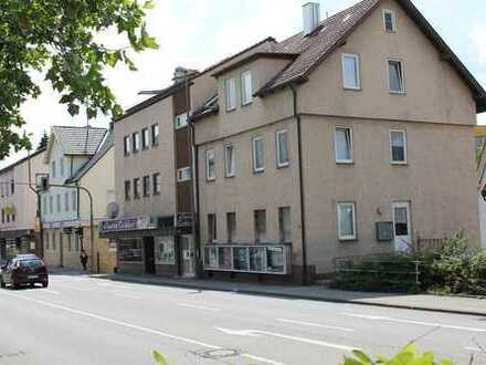 Mehrfamilienhaus inkl. Gewerbeeinheit in Leonberg