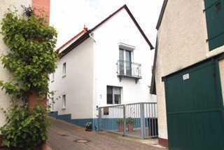 Schönes Haus mit sechs Zimmern in Alzey-Worms (Kreis), Alzey