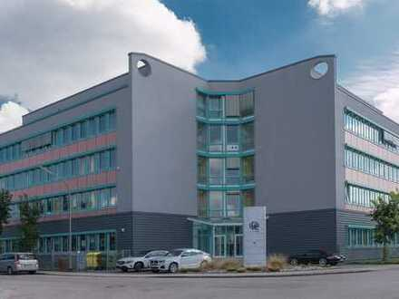 Zwei sehr schöne lichtdurchflutete, neu renovierte Büroflächen – Gewerbegebiet Haunstetten