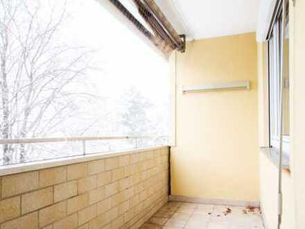 Exklusive, modernisierte 3,5-Zimmer-Wohnung mit Balkon und Einbauküche in Hasenbergl, München