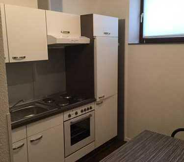 Stilvolle, vollständig renovierte 1-Zimmer-Wohnung mit Einbauküche in Villingen-Schwenningen