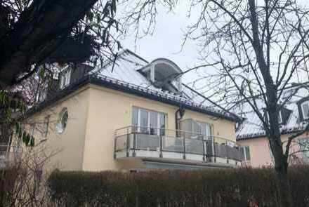 Schwabing: Exklusive 3-Zimmer-Wohnung im Dachgeschoss!