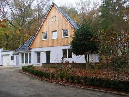 Einfamilienhaus auf Parkgrundstück im Bürgerpark