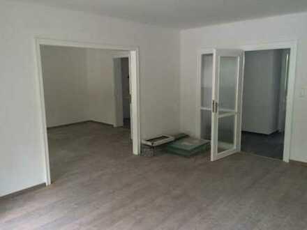 Sanierte 4-Zimmer-Wohnung mit Balkon in Aachen