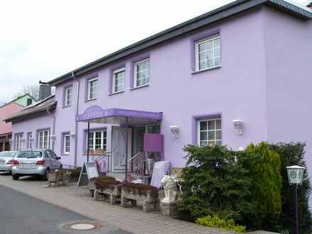 Gästehaus mit Restaurant und Kegelbahn in Hünfeld-Sargenzell zu verkaufen – täglich geöffnet