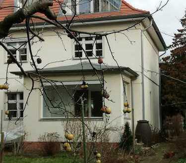 Schönes Haus mit 7 Zimmern und Garten in Lichterfelde-West