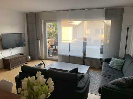 renovierte 3-Zimmerwohnung mit Balkon und Einbauküche neben den Baierhansenwiesen