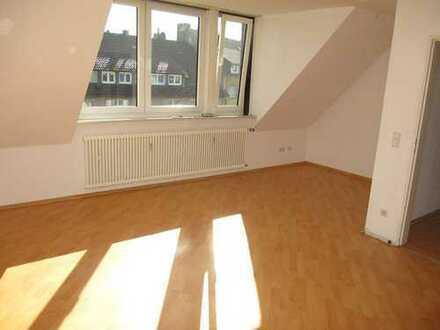 Remscheid // Schöne helle 3-ZKB-Wohnung zu vermieten